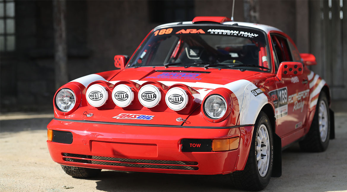Slitta rossa Rothsport: Safari Porsche 964 911 Rally Car